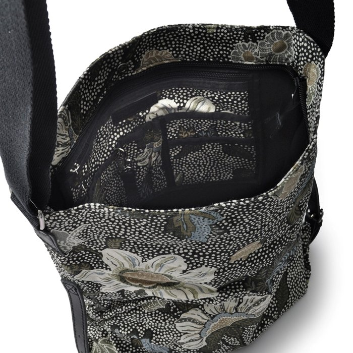 Ceannis - Black Flower Linen Shoulder Bag d260f6ecc3fc0
