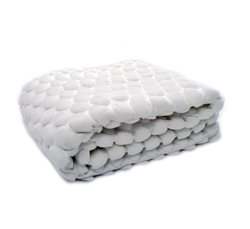 White Eggshell Throw 130x170